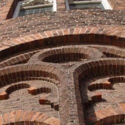 Gotische details ronde toren